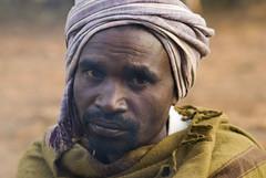 Gond man (wietsej) Tags: man maikal hills chhattisgarh india sony a100 zeiss 135 18 sal135f18z portrait gond
