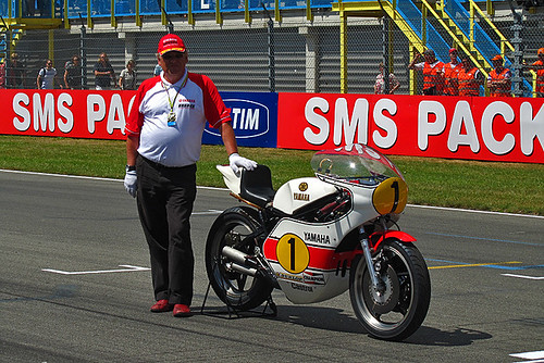 Giacomo Agostini and his historical OW23 @Assen
