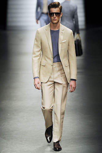 James Smith3141_SS11_Milan_Canali(VOGUEcom)