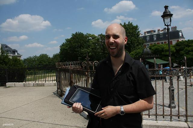 Notre ami le guide, avec son iPad, fort utile!