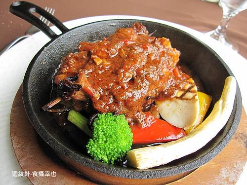 葡萄樹香料雞肉串