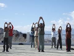 Yoga Shanti Stupa, Lamdon school boys (Eric Lon) Tags: india yoga stupa leh ladakh ericlon teachingsunday