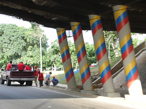 banderas de venezuela en todos sitios
