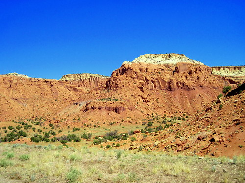 Near Ghost Ranch, Abiquiu 2-20100619