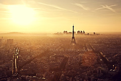 Golden City (Jinna van Ringen) Tags: city sunset sky paris france tower love skyline canon photography eos 50mm gold golden europe tour ringen eiffeltower eiffel eifel explore amour toureiffel 5d elusive van f18 montparnasse frontpage parijs goldenhour 50mmf18 goldenlight jorinde jinna parisgold elusivephoto elusivephotography 5dmarkii jorindevanringen jinnavanringen