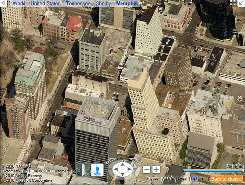 Escher Effect in Bing Maps, downtown Memphis, TN.
