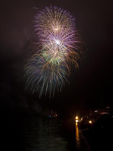 The 2014 Three Tree Point Fireworks Fund is seeking Business Sponsors 3