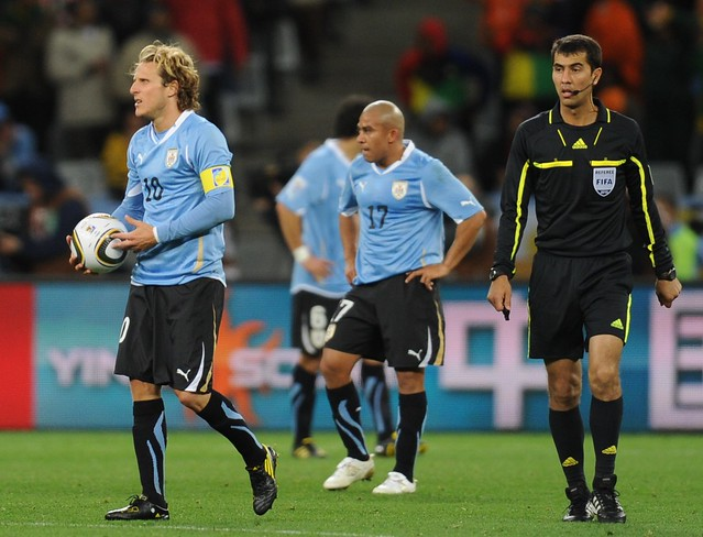 Holland Uruguay World Cup Diego Forlan Jabulani
