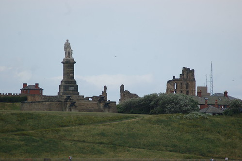 Tynemouth Priory Collingwood Statue Jul 10