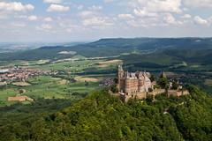Burg Hohenzollern (S.ST) Tags: flug schwbischealb helikopter hechingen burghohenzollern albtrauf