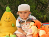 طفل صغير ماعرف وشهي صواديف الدهر (Maryam.Ibrahim) Tags: