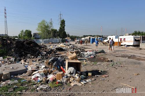 Trasferimento della popolazione nomade del campo La Martora