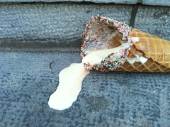 (fabianvs) Tags: ice dead 4 cream sprinkles melted iphone