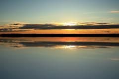 horizon (TheStolpskott) Tags: ocean sunset reflection horizon