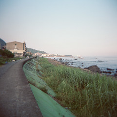 (starguitar_gm) Tags: 120 holga paths 宜蘭 大溪 kodak160 gtlr
