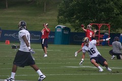 does amendola make airplane noises when he cuts like this?