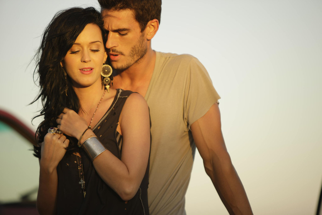 Director's Cut of Katy Perry's 'Teenage Dream' Music Video Emerges.