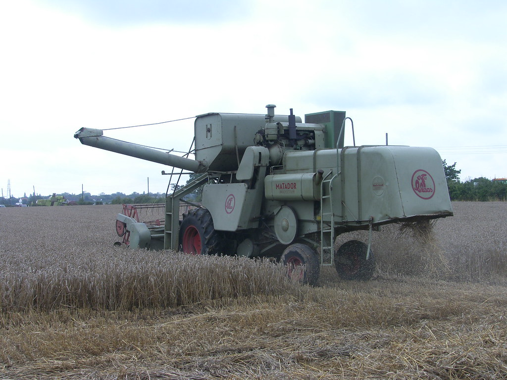 Tractors & Other Farm Equipment