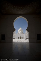 The dome (Najwa Marafie - Free Photographer) Tags: city last during this was austria photo with united country uae taken grand visit mosque location special zayed dome straight abu dhabi circuit shaikh participant 2010 themes arabs shiekh the accepted masjed najwa as emarits marafie almanhal dhahbi