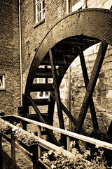 old water scoop (B.Jansma) Tags: old mill water maastricht antique photoshopped nederland bakery oud turning watermolen bakkerij stillworking bisschopsmolen waterscoop unlimitedphotos