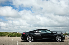 The Audi R8 V10 *EXPLORED* (Luuk Nugteren) Tags: sky en black holland netherlands car am