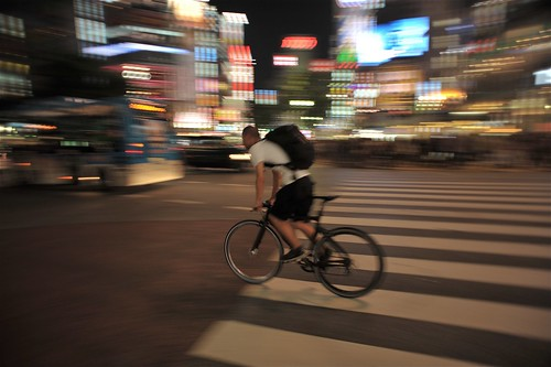 cyclist at Shibuya by jasewong, on Flickr