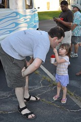 "St. Louis Snow Cone at National Night Out 2010 - Snow Cones are for sharing • <a style=""font-size:0.8em;"" href=""http://www.flickr.com/photos/85572005@N00/4880506309/"" target=""_blank"">View on Flickr</a>"