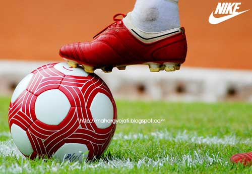Nike_red-ball