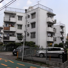 Naoi Apartment House 02