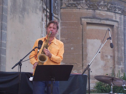 Das Kapital Plays Hanns Eisler By McYavell - 100812i