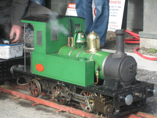 The little steam engine.