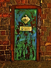 Stockholm 1 (Pete A. McLeod) Tags: lumix aperture rust doors sweden bricks cities panasonic cobblestone scandinavia hdr alleys mcleod