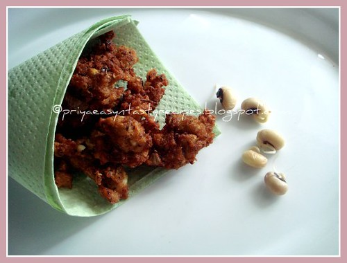 Sprouted blackeyed peas pakoda