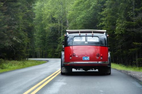 Glacier bus