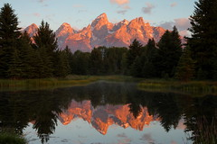 Sunrise at Schwabachers Landing (jwal4503) Tags: mountains sunrise grand grandtetons teton alpenglow grandtetonnationalpark schwabacherslanding fisrtlight