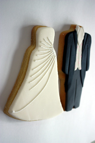 'Bride & Groom' Wedding Favour Cookies