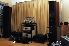 November Hi-Fi Show 2009 (arnold_cruz) Tags: show november hifi