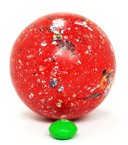 Jelly Belly Jawbreaker size compare