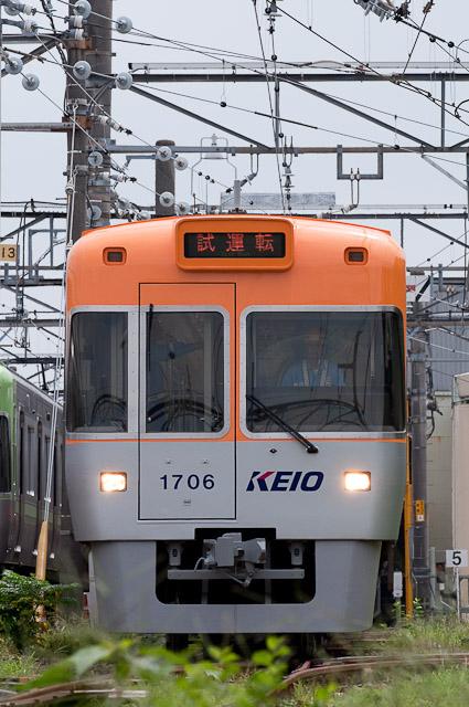 京王電鉄井の頭線1000系1006F オレンジベージュ