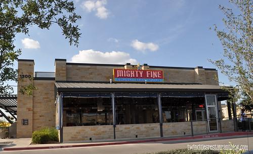 MIghty Fine Burgers ~ Austin, TX