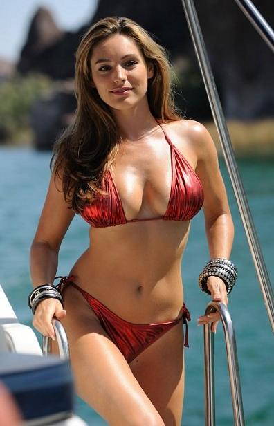 piranha-still-kelly-brook-bikini-1