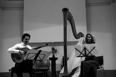 Roberto Porroni, Luisa Prandina (dmambret) Tags: arpa chitarra varenna chitarrista villamonastero festivaltralagoemonti robertoporroni luisaprandina