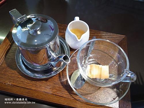 咖啡弄香蘋茶