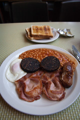 Regency Cafe, Pimlico, London (misterpulcri) Tags: london bacon beans fantastic toast egg sausage pimlico regencycafe blackpuddiing