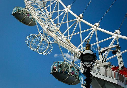 london eye - capsule 4