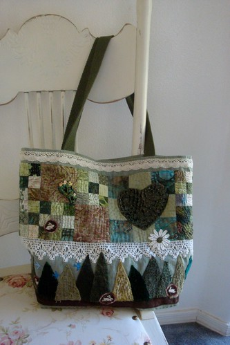 Green Bag Finished!  side 1