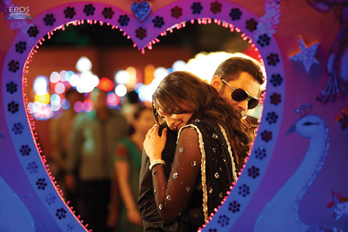 Salman Khan and Sonakshi Sinha in the Bollywood film Dabangg