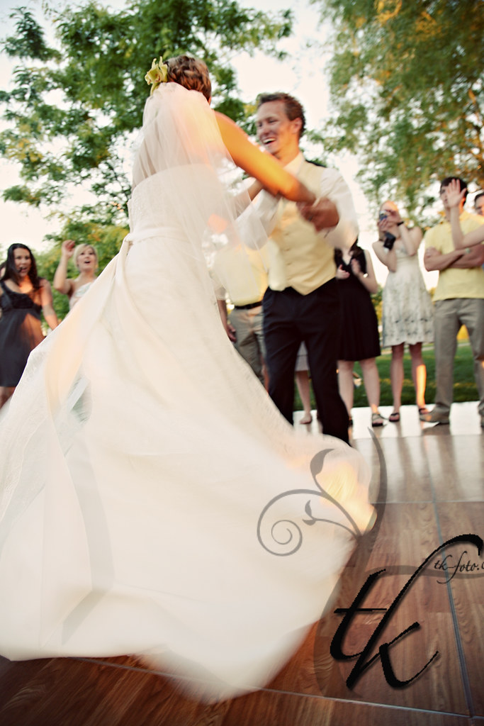 Bride and Groom Dancing - Tamara Kenyon Photography