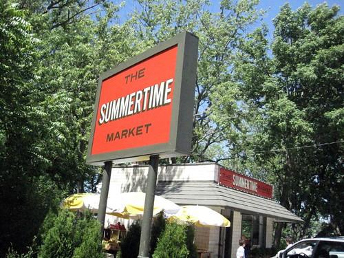 Summertime Market, Douglas, Michigan