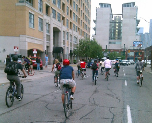 Cyclists eastbound on Richmond